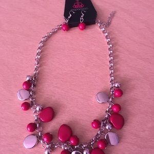 Short red and silver necklace